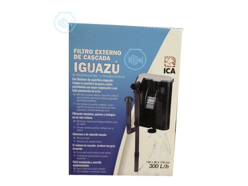 El filtro Iguazú de ICA lleva skimmer de superficie integrado, para conseguir una superficie del agua del acuario limpia de grasa y polvo.