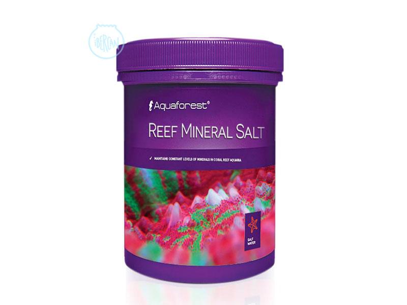 Aquaforest Reef Mineral Salt es un agente para mantener niveles constantes de minerales en acuarios de arrecife.