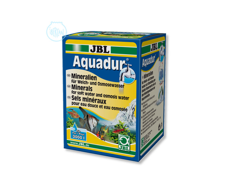 Para aumentar el KH en el agua del acuario JBL Aquadur